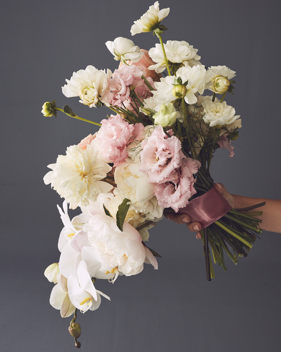 Affordable Wedding Flowers That Look Expensive
