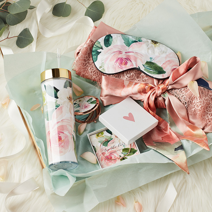 Bridesmaid gift box with floral gifts