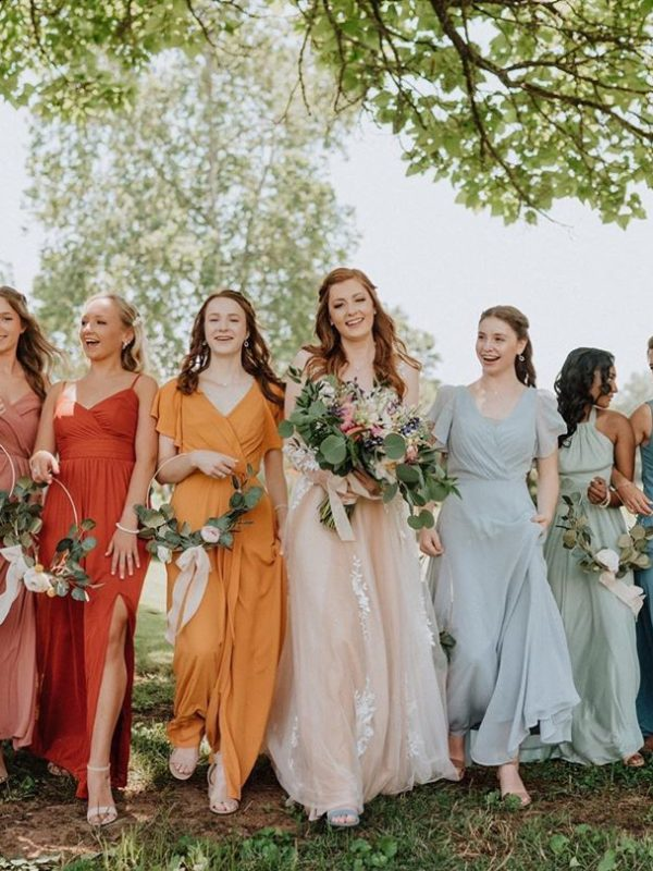 Summer Wedding Colors Feature Image