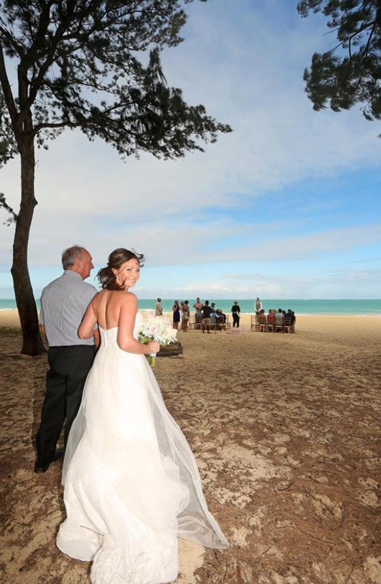 Kirsty and Shawn real winter wedding in hawaii