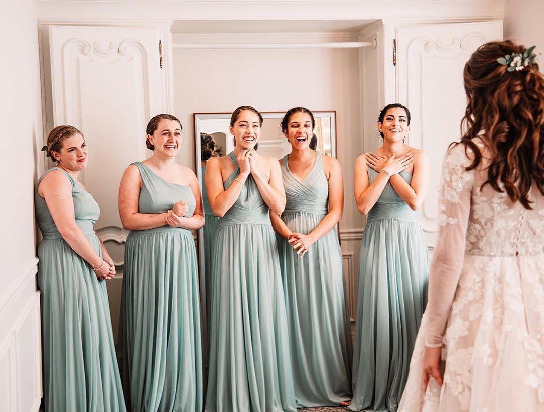 Full Skirt One-Shoulder Mesh Bridesmaid Dress