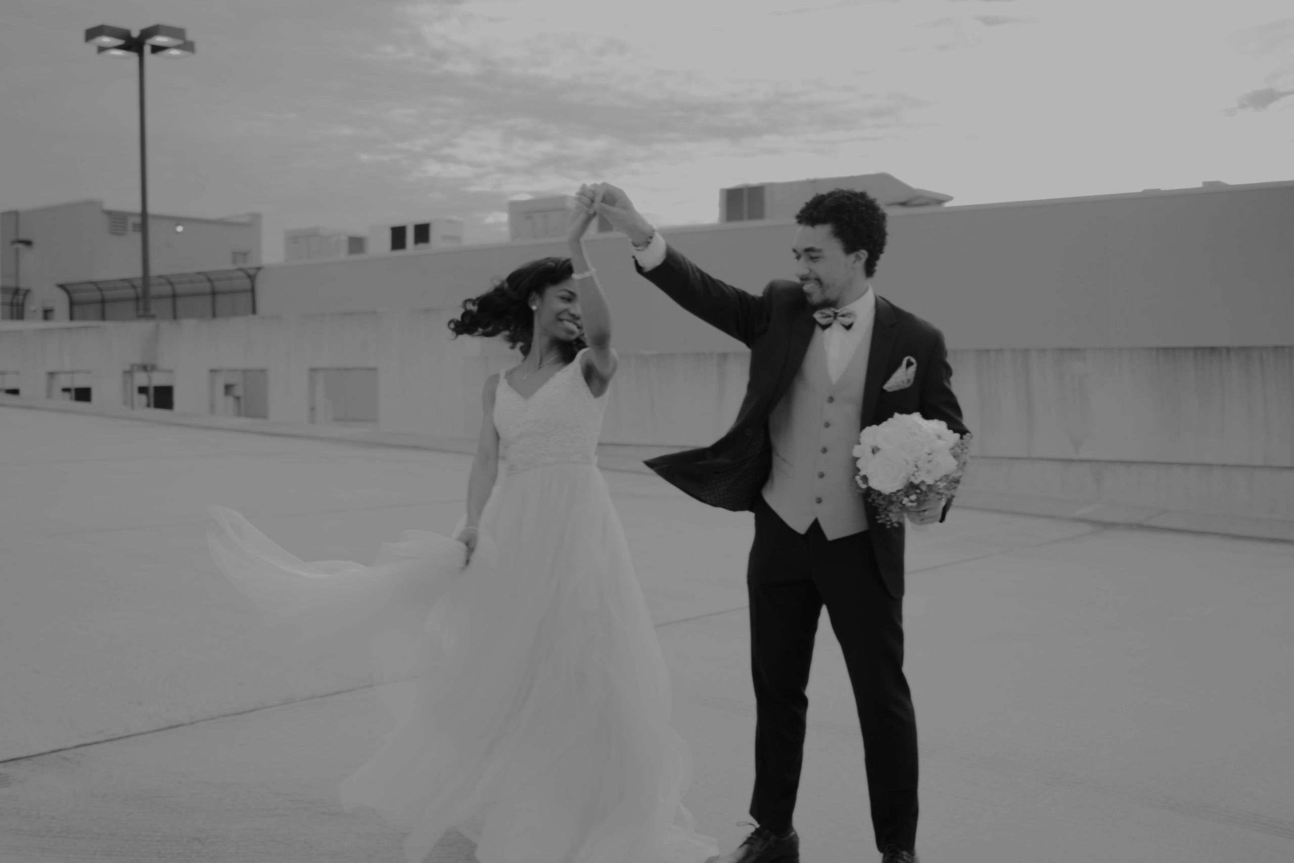 Menari pengantin