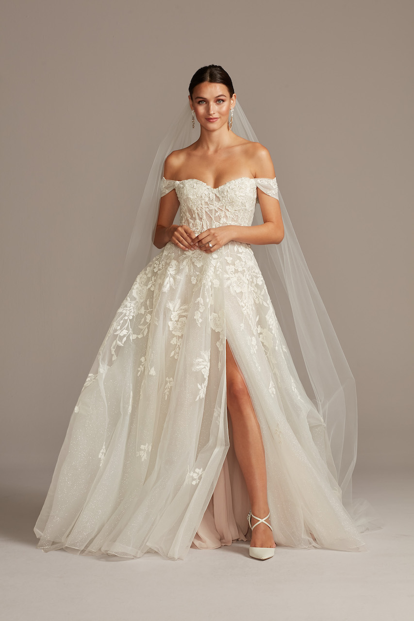 bride wearing ethereal Floral Tulle Wedding Dress with Removable Sleeves