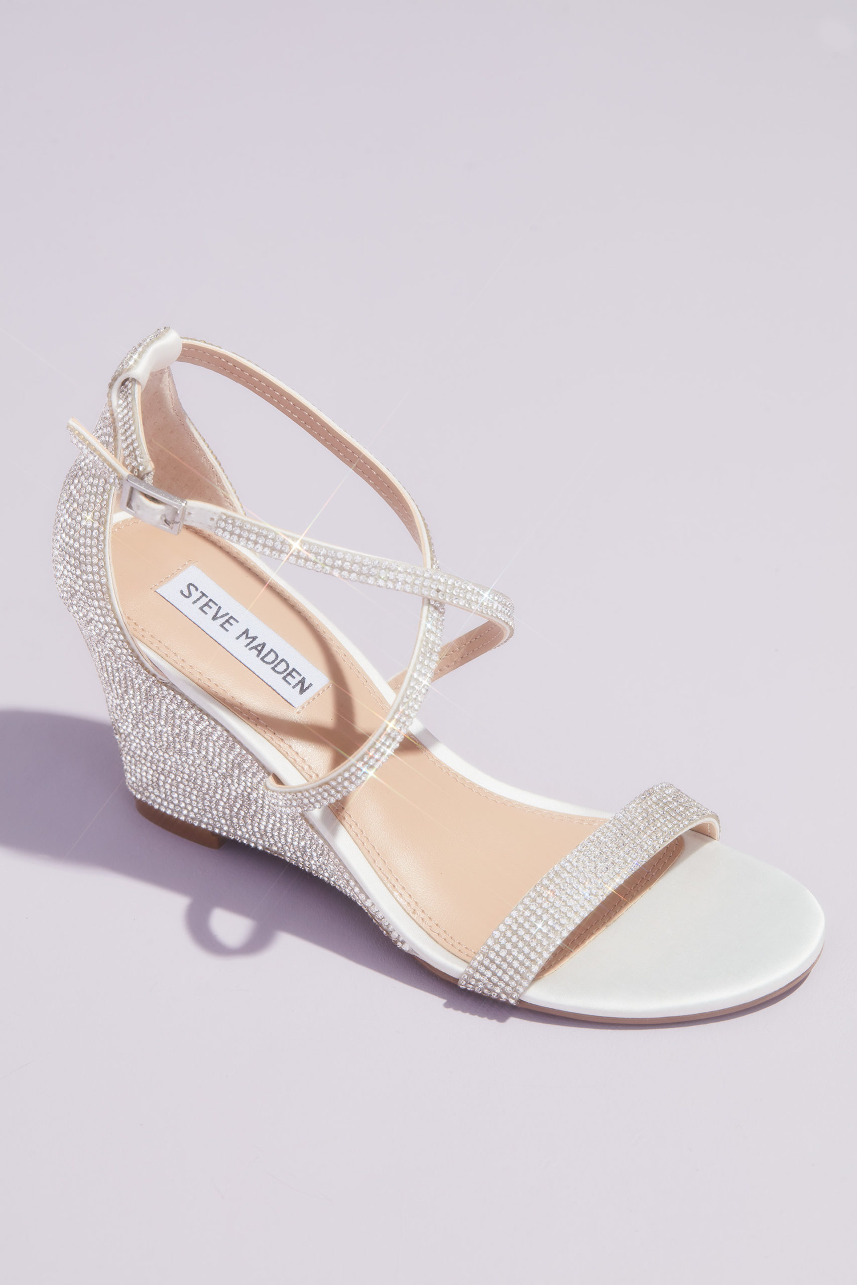 sparkly wedges for your quinceañera