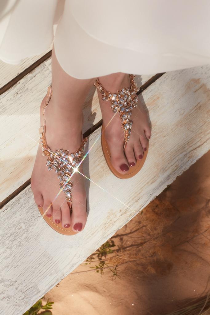 beach wedding sandals with sparkly details for brides