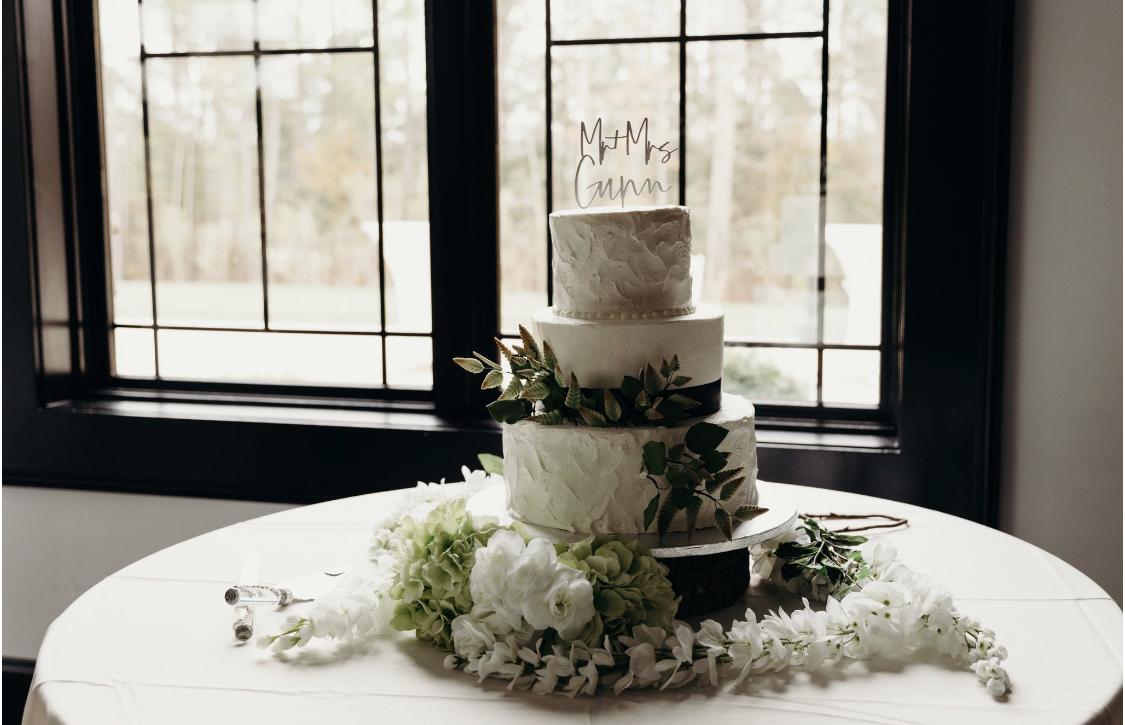 sexy bohemian wedding cake