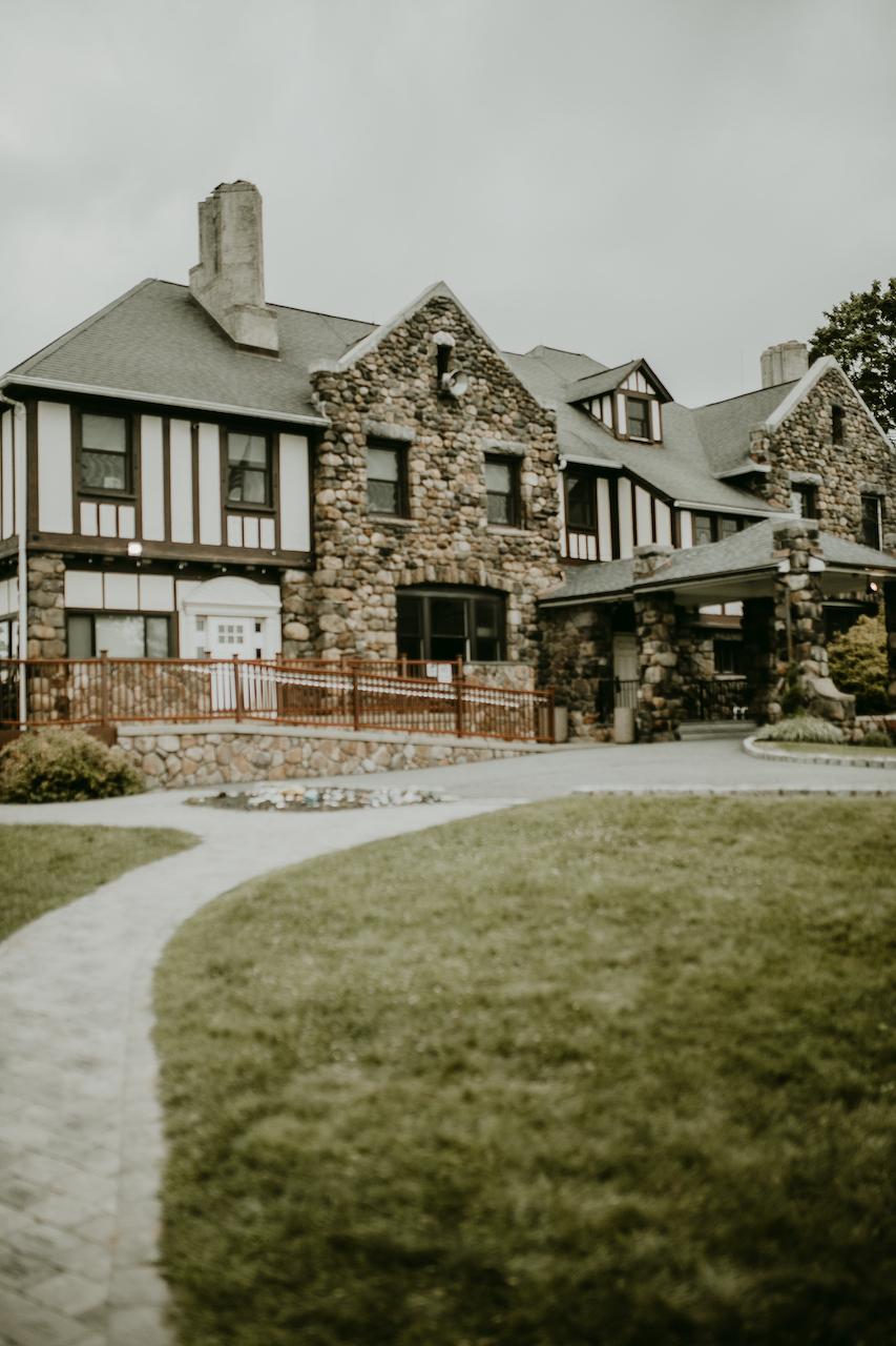 rustic outdoor wedding venue